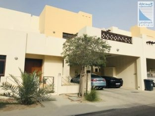 Private Villa with Lush Gardens in Riffa Views
