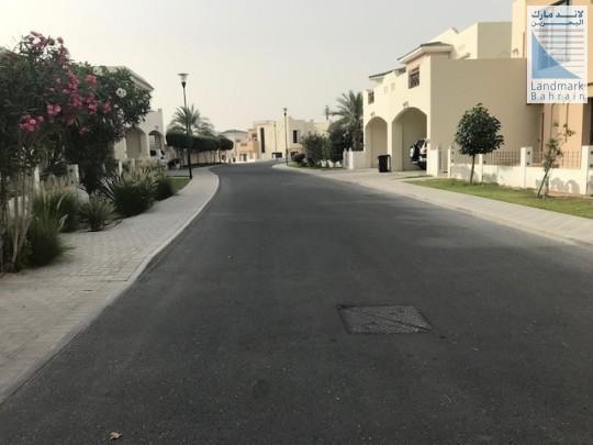 Private Villa with Lush Gardens in Riffa Views