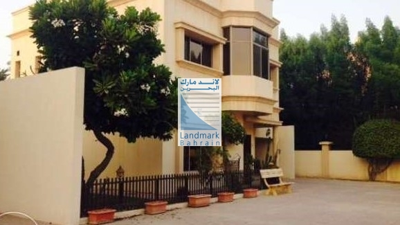 3BR Compound Villa For Rent Adliya Kuwait Avenue