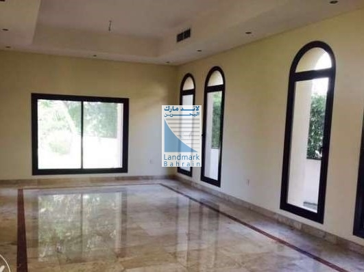 Elegant private 4BR Villa For Sale