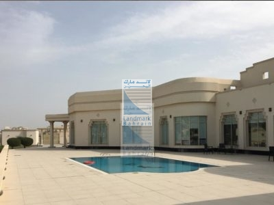 PRIVATE SINGLE HUGE STOREY MANSION FOR LEASE