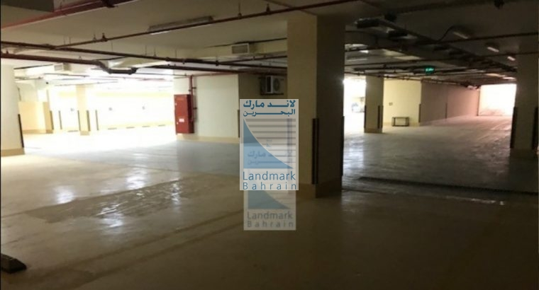 Large Showroom For Rent In Seef