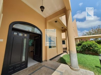 Budaiya 3BR lush green compound villa for rent