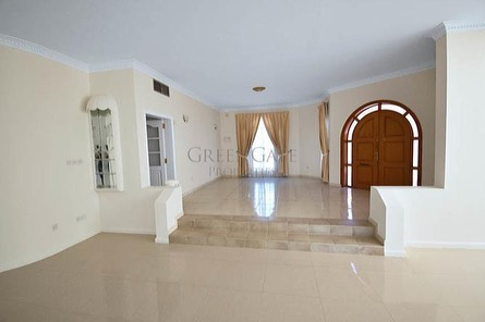 Luxurious Villas Available for Rent in Janabiyah.